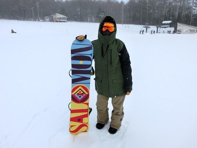 スノーボードウェアの着こなし