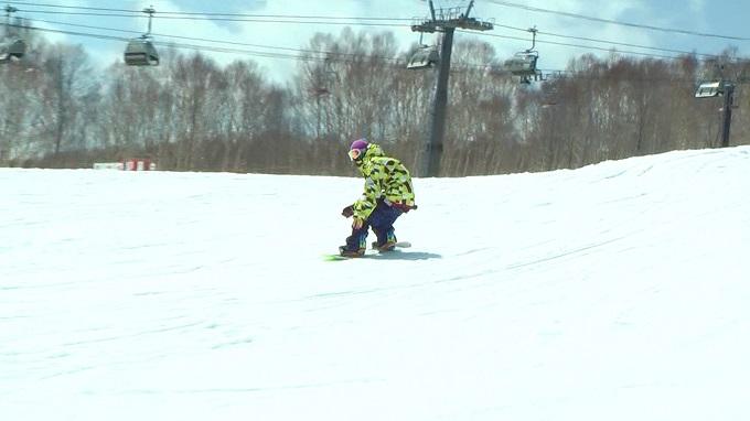 スノーボード、オーリー、そのまま滑る