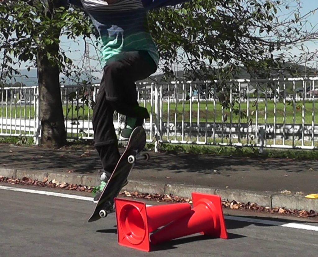 スケート オーリー