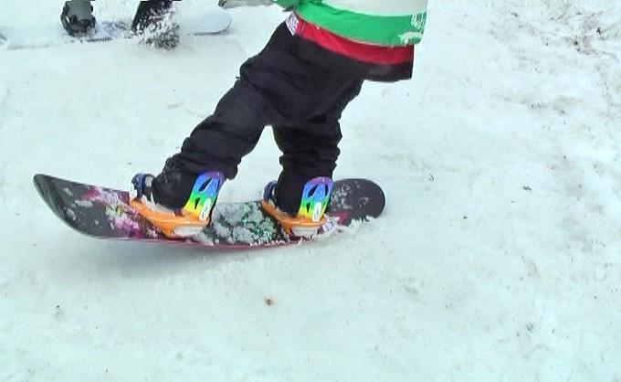 スノーボードのフレックスを感じる