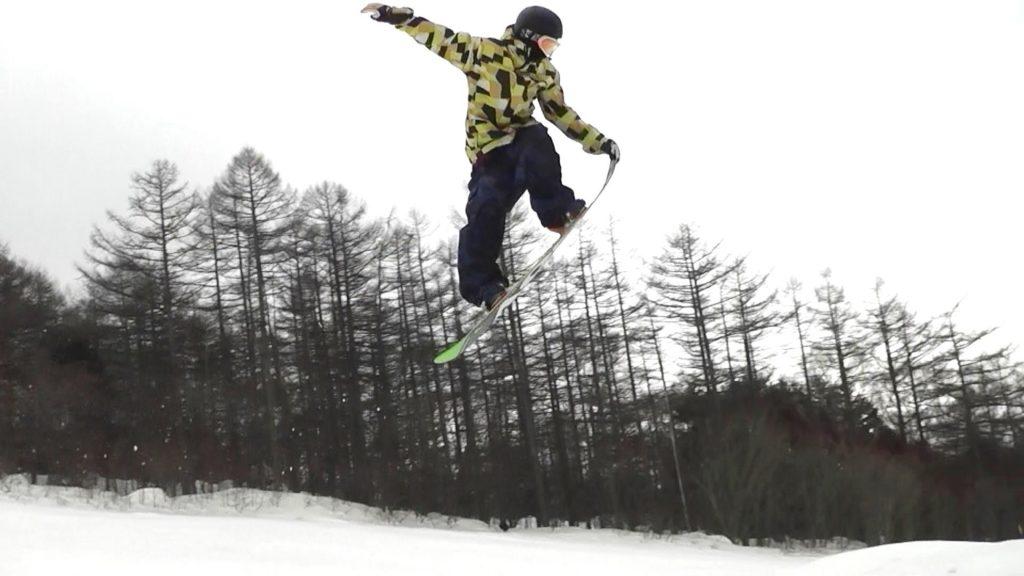 スノーボード ノーズグラブ