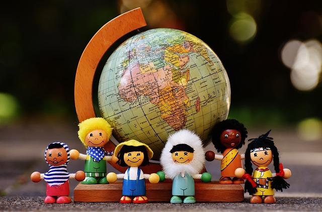 地球儀、世界、子ども、人形