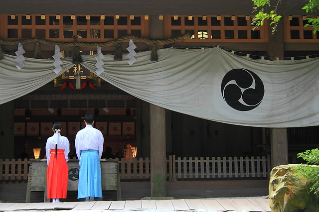 神社、お賽銭、参拝
