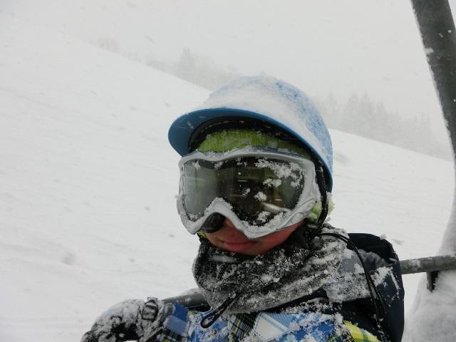 吹雪の時のヘルメット(正面)