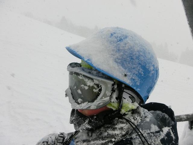 吹雪の時のヘルメット