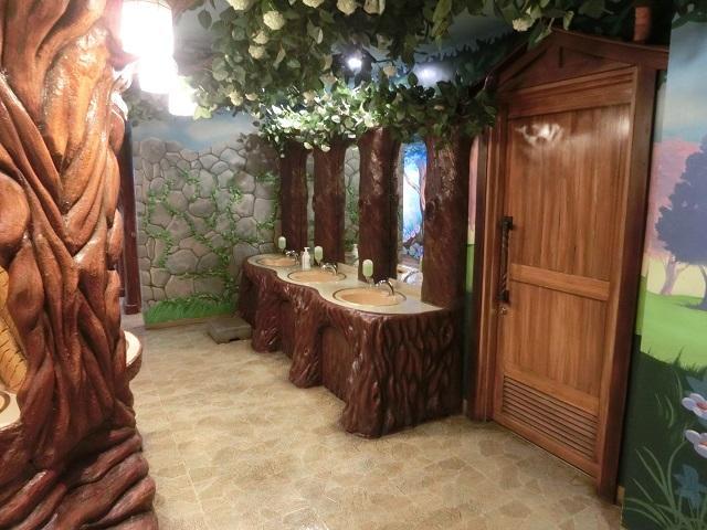 サンリオピューロランド トイレ4