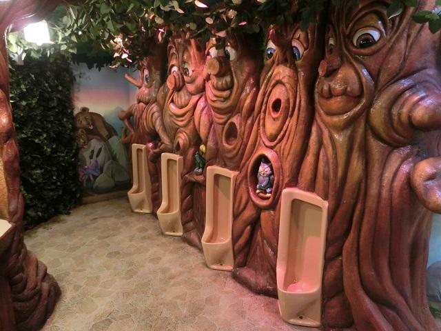 サンリオピューロランド トイレ2