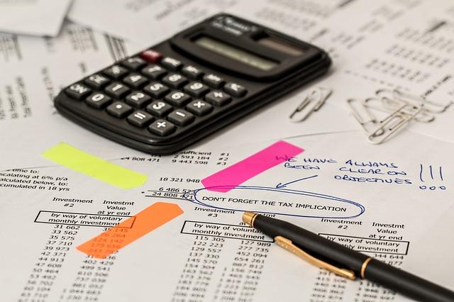 電卓、会計、税金、計算