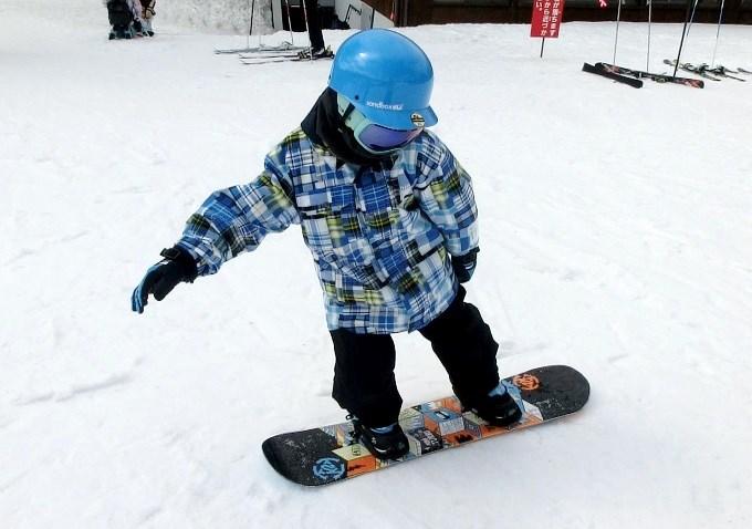 スノーボードのオーリーの練習2
