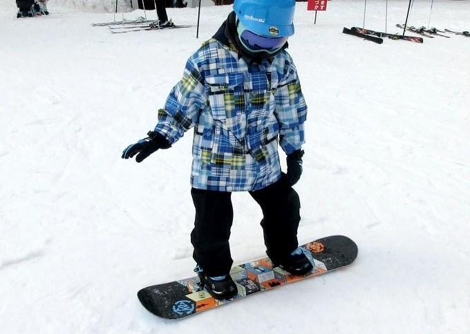 スノーボードのオーリーの練習1