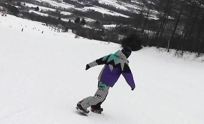 セパレートスノーボード「ニコ」の滑り(3)