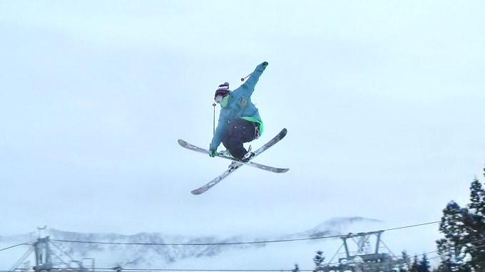 スキー、グラブ