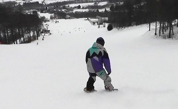 セパレートスノーボード「ニコ」でストップ