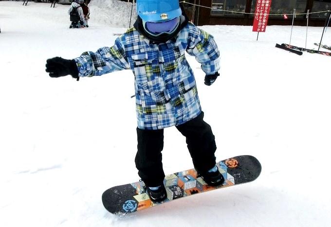 スノーボードのオーリーの練習4