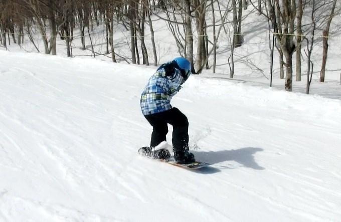 スノーボードのオーリーの練習初日4