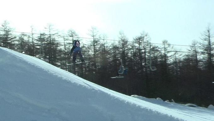 スノーボードキッカーへのアプローチスピード出過ぎ(5)