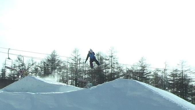 スノーボードキッカーへのアプローチスピード出過ぎ(3)