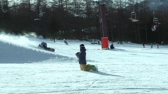 スノーボードキッカーへのアプローチスピード出過ぎ(7)
